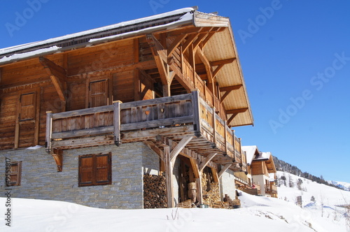Traditional Chalet - 49558817