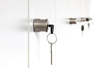 Schranktür Schlüssel © Matthias Buehner