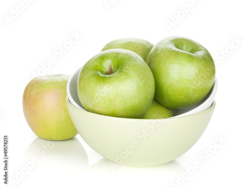 Green apples in fruit bowl