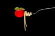 Spagetti mit Tomate und Basilikum