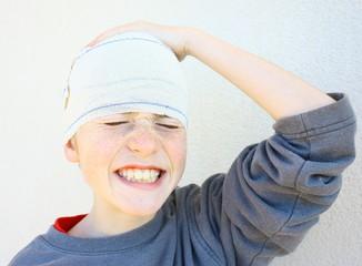 bandage à la tête,blessure
