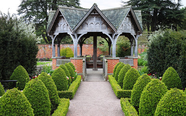 An Formal English Landscaped Garden
