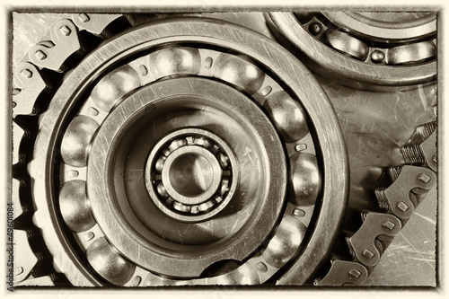 ball bearings driven by timing chain, old vintage style