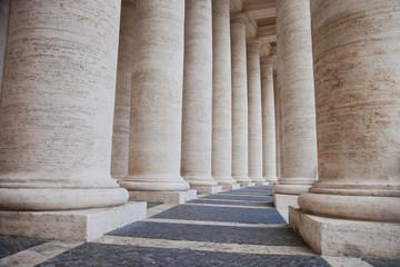 Säulengang auf dem Petersplatz - Vatikan