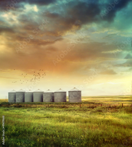 canvas print picture Prairie grain silos in late summer