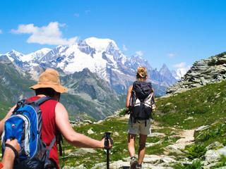Randonnée face au Mont Blanc