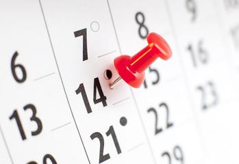 14 février punaise sur un calendrier
