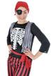 Junge Frau in Piraten-Kostüm