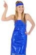 Junge Frau in Disko-Tanzkleid lacht