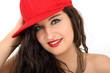 junge Frau mit Basecap