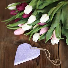 Tulpenstrauß mit Herz
