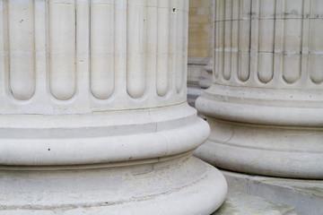 colonne bianche