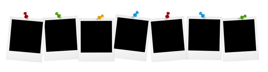 7 Polaroids in Reihe mit farbigen Pins