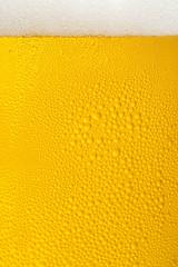 ビールと泡のクローズアップ