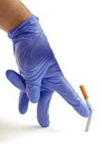Rękawicach rzucając palenie papierosów Zamknij metafory