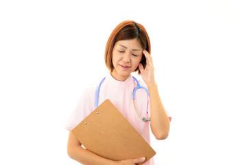 疲れを訴える女医