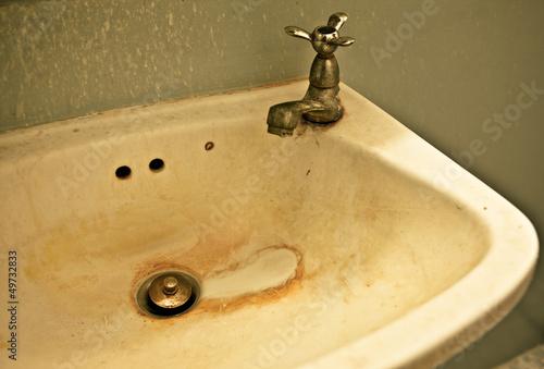 basin dirty