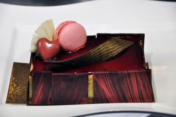 Schokoladentorte mit Macaron