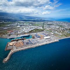 Vue aérienne du port de La Réunion