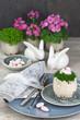 Leinwanddruck Bild - Tischgedeck zu Ostern im Landhausstil