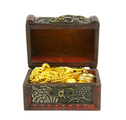 gold in ancient treasure chest