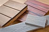Fototapety Echantillons de bois pour une terrasse