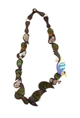 Ethnic feathers necklace