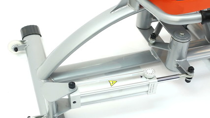 Working hydraulic exerciser close-up