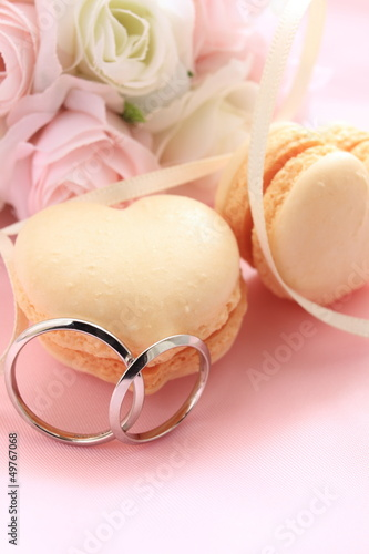 heart shape macaroon with flower bouquet for wedding background
