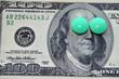 Постер, плакат: Доллары и зелёные таблетки