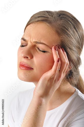 woman head pain