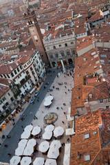 Piazza Erbe vista dalla torre più alta di Verona