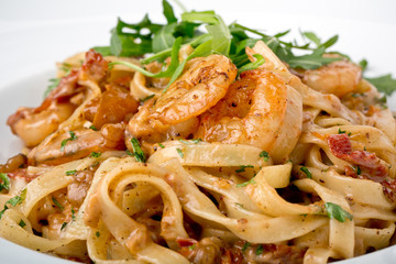 tagliatelle pasta with shrimps