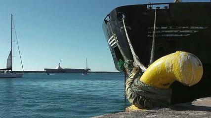 port bollard and sloop moves