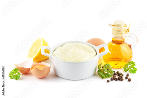 Mayonnaise mit Zutaten - 49846481