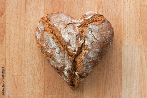 brot in herzform