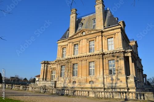 Château de Maisons dans les Yvelines vue de côté,