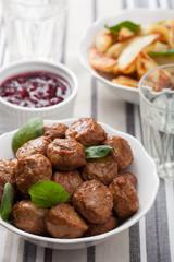 meatballs with potatoes and lingon jam