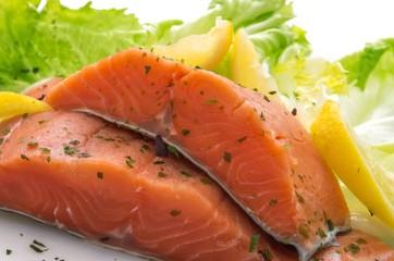 Salmon steaks sprinkled with parsley sea
