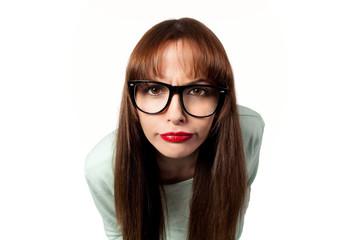 Frau mit schwarzer Brille