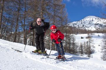 Alpes du Sud : Père et fils au ski