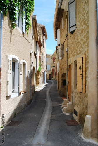 Small alley and stone houses, Lourmarin, Provence, France