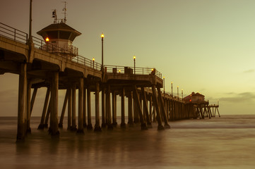 huntington beach pier sunset