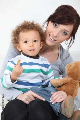 Woman, child and teddy bear
