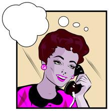 Style de bandes dessinées fille femme parlant par téléphone