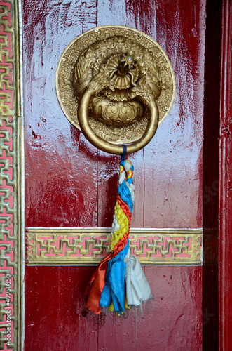 Detail or door in Buddhist temple.