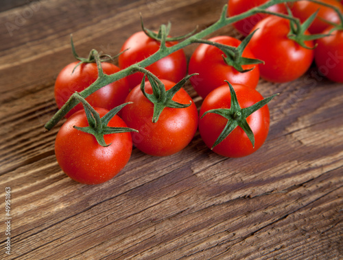 Tomatos on wood II