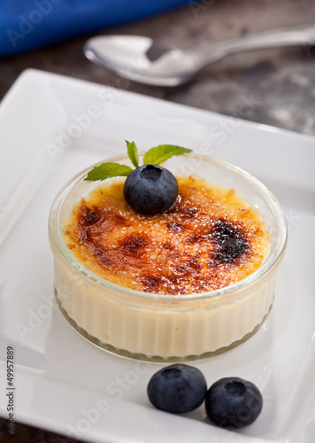 Creme Brulee With Blueberries