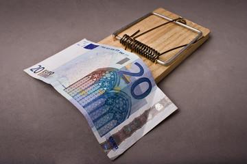 20 euros + ratonera 2