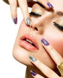 Fototapety Fashion Beauty. Manicure and Make-up. Nail Art